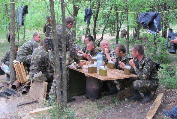 Солдати на сході