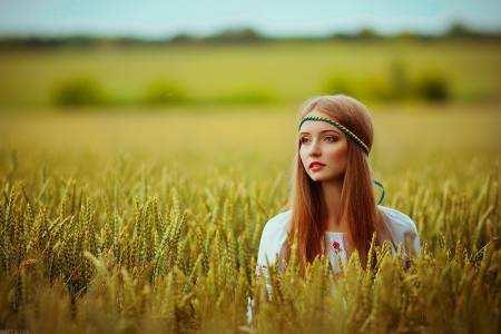 Дівчина в пшеничному полі » Український портал - Таємна Січ fa2ca34abee25