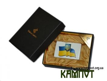 Запальничка з прапором україни
