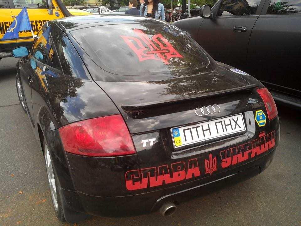 Автомобіль українського Бетмена!