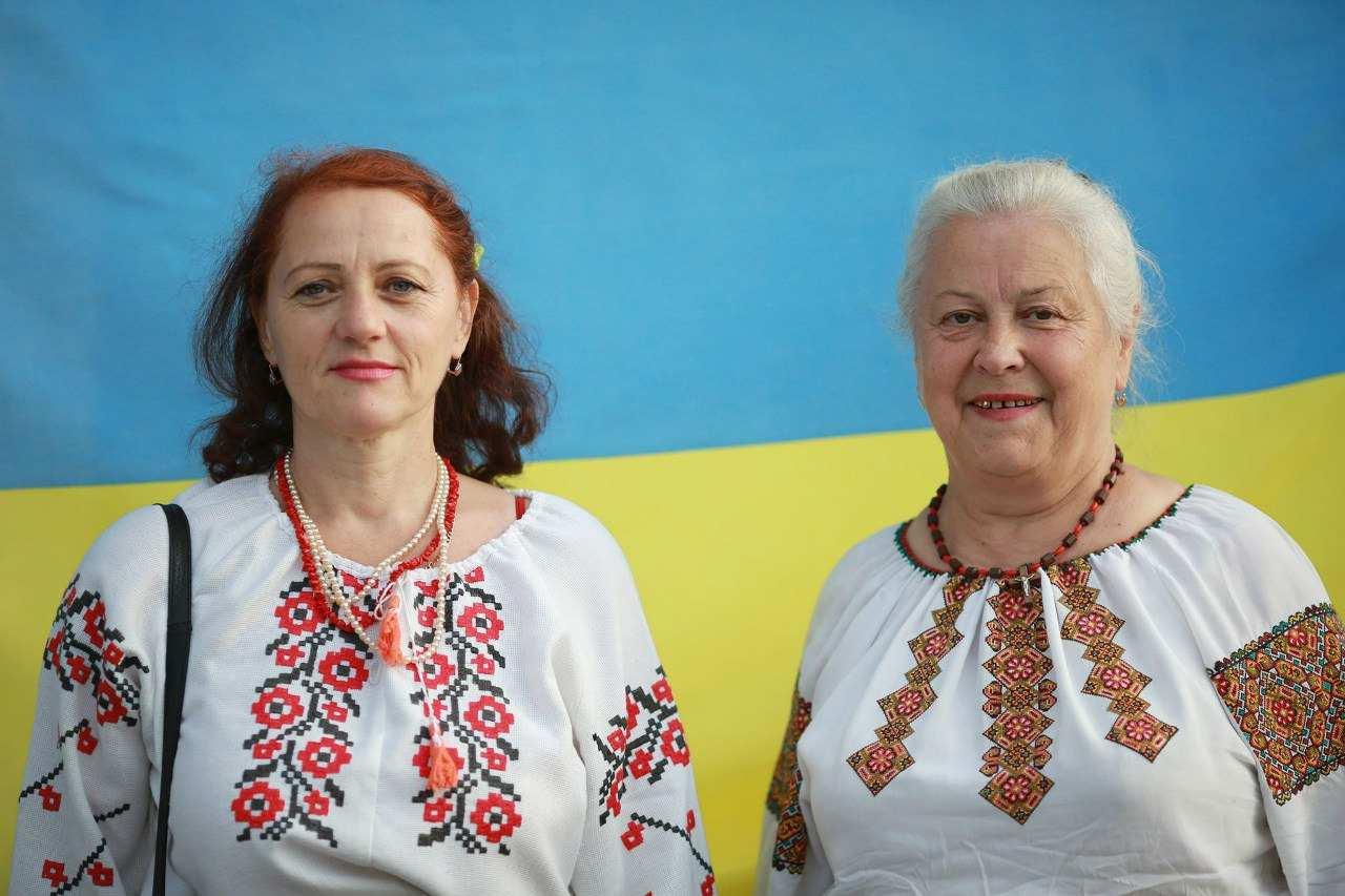 Фото українських бабусь