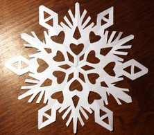Як зробити сніжинку?